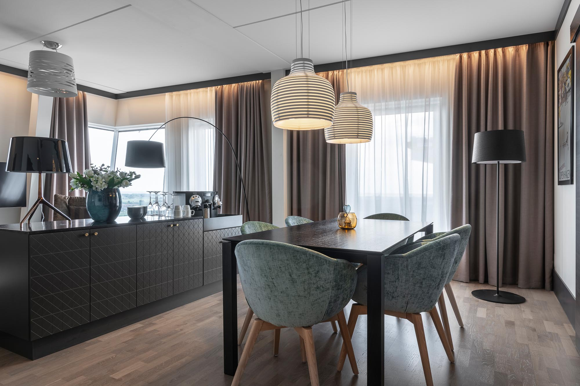 suite-dining-room-view-quality-hotel-view