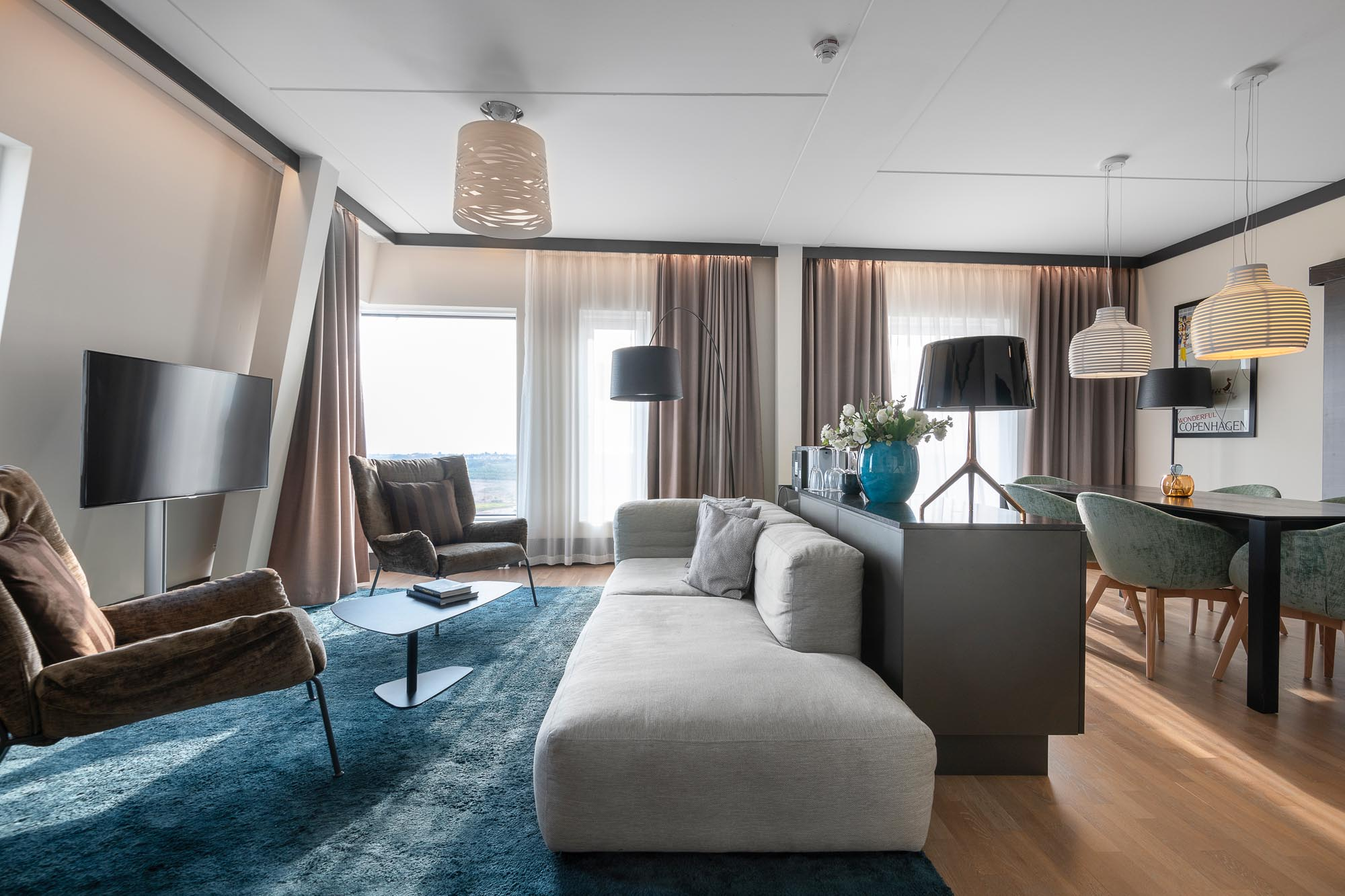 suite-living-room-view-quality-hotel-view